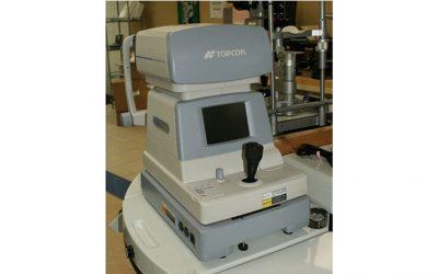 Used Auto-Refractor/Keratometer Topcon KR-8800
